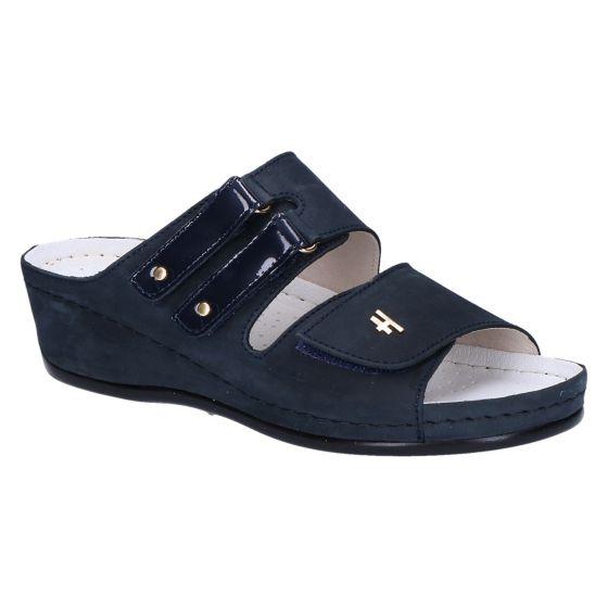 4557 Slipper blauw nubuk/lak