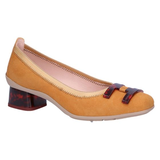 YHV00225 Pump honey/cognac suede 3.5 cm